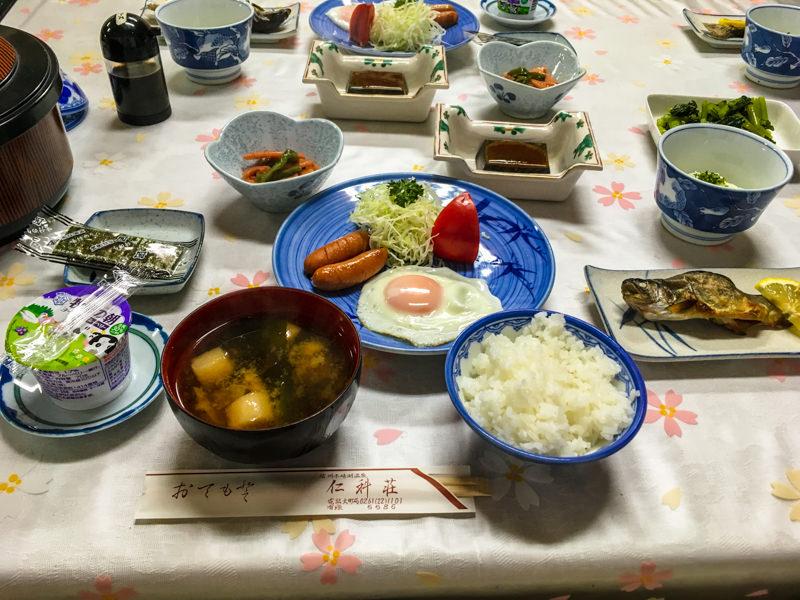 仁科荘の朝食